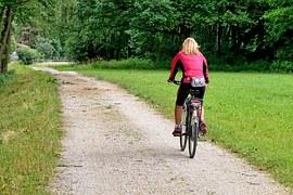 cycling-840975__180